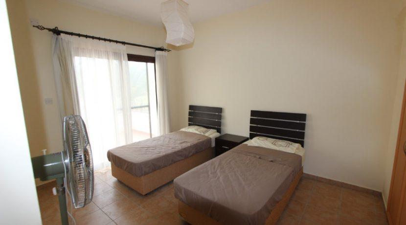 Kucuk Erenkoy - Coast View 3 Bed Garden Apartment 8