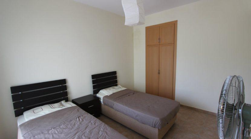 Kucuk Erenkoy - Coast View 3 Bed Garden Apartment 9