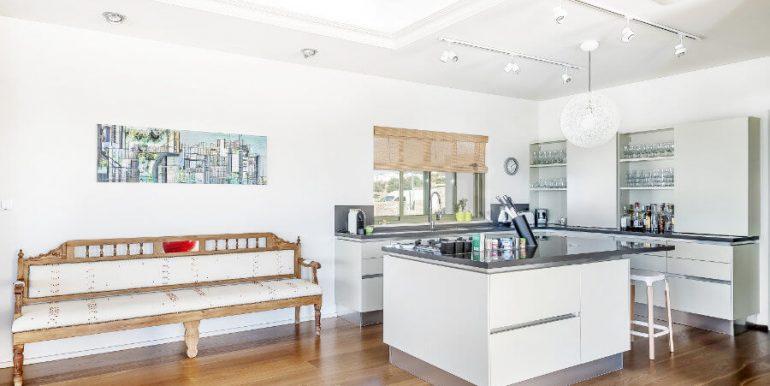 Esentepe Beachfront 500m2 7 Bed Golf Villa - North Cyprus Property 11