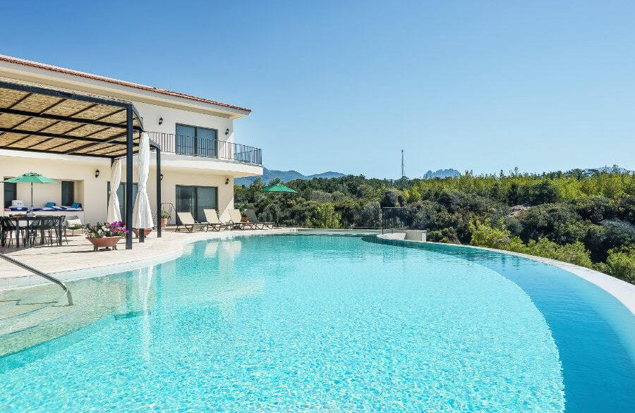 Esentepe Beachfront 500m2 7 Bed Golf Villa - North Cyprus Property 21