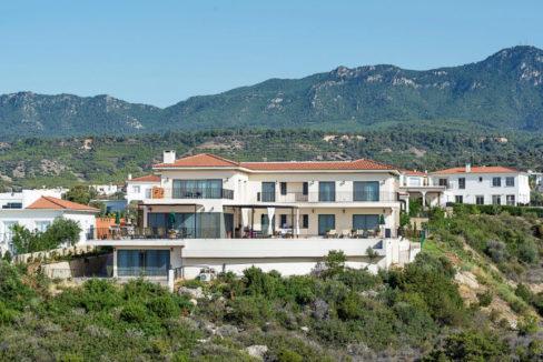 Esentepe Beachfront 500m2 7 Bed Golf Villa - North Cyprus Property 5