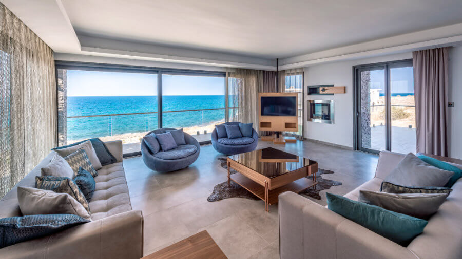 Karsiyaka Beachfront Ultra Modern 6 Bed Villa