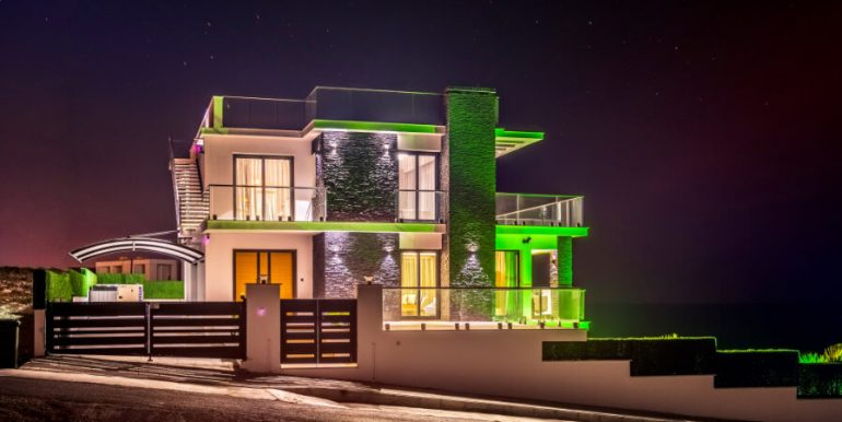 Karsiyaka Beachfront Ultra Modern 5 Bed Villa - North Cyprus Property 25