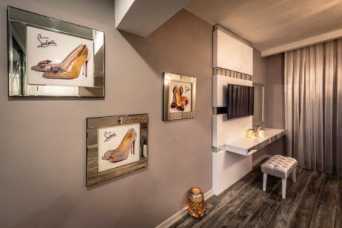 Karsiyaka Beachfront Ultra Modern 5 Bed Villa - North Cyprus Property 28