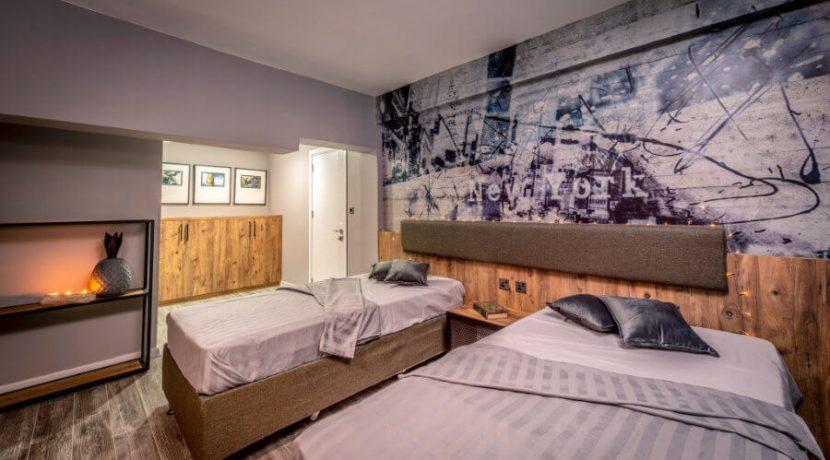 Karsiyaka Beachfront Ultra Modern 5 Bed Villa - North Cyprus Property 32