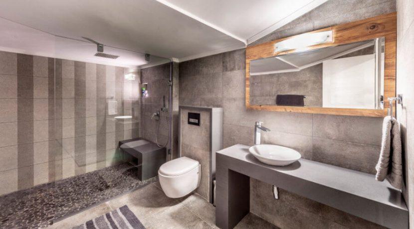Karsiyaka Beachfront Ultra Modern 5 Bed Villa - North Cyprus Property 33