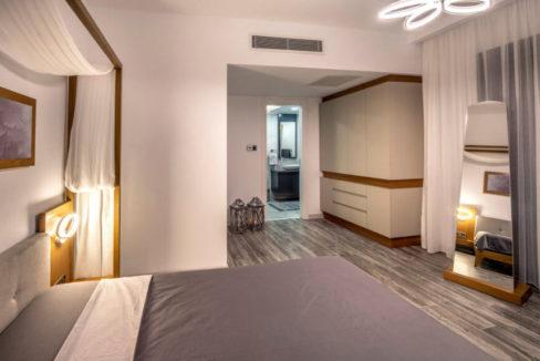 Karsiyaka Beachfront Ultra Modern 5 Bed Villa - North Cyprus Property 36