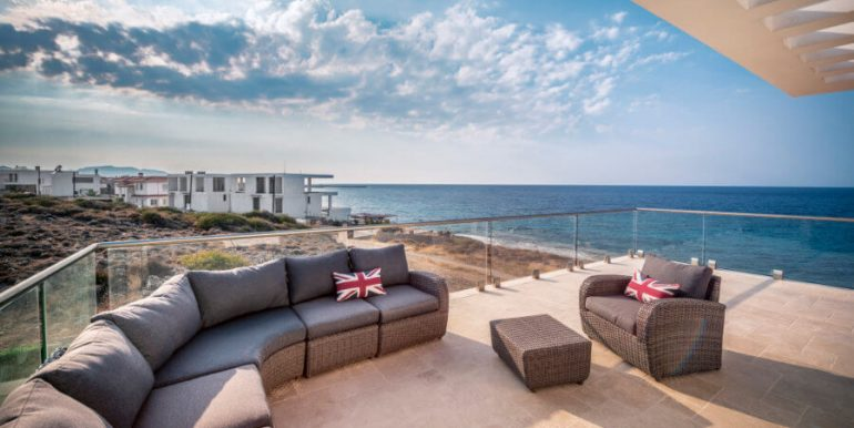 Karsiyaka Beachfront Ultra Modern 5 Bed Villa - North Cyprus Property 7