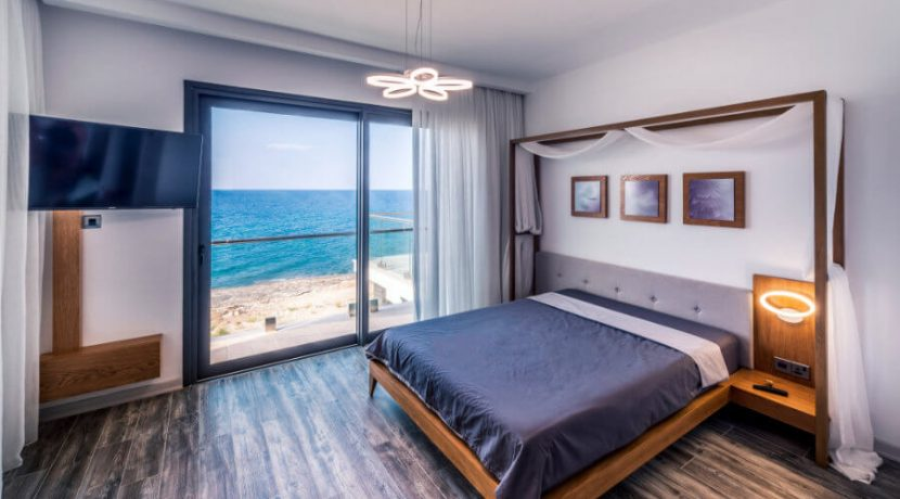 Karsiyaka Beachfront Ultra Modern 5 Bed Villa - North Cyprus Property 8