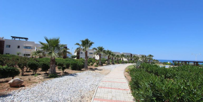 Tatlisu Coast Frontline Apartment 3 Bed - North Cyprus Property 1