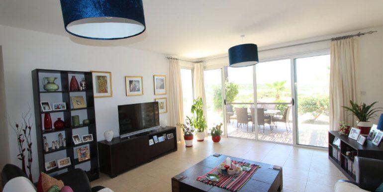Tatlisu Coast Frontline Apartment 3 Bed - North Cyprus Property 11
