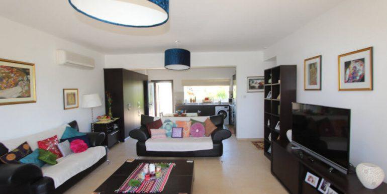 Tatlisu Coast Frontline Apartment 3 Bed - North Cyprus Property 19