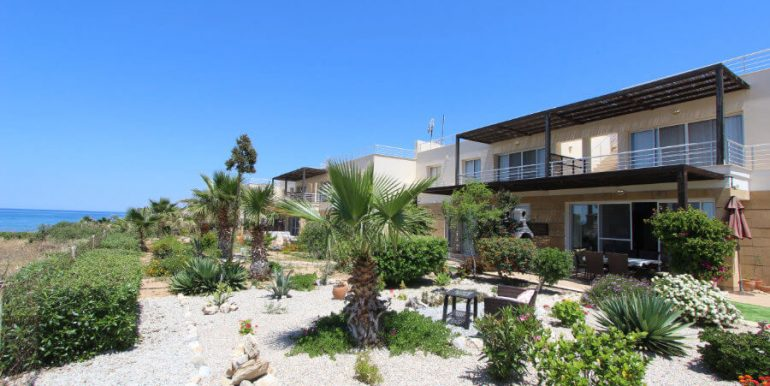 Tatlisu Coast Frontline Apartment 3 Bed - North Cyprus Property 26.