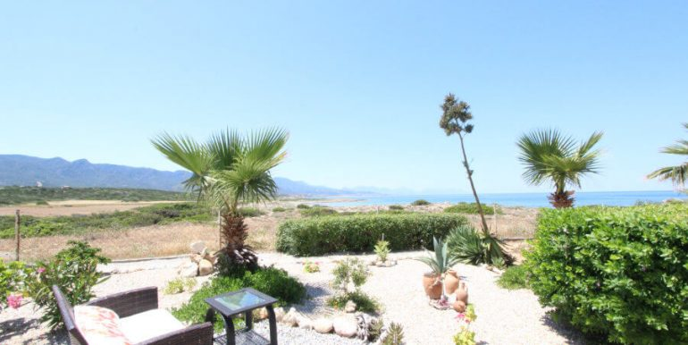 Tatlisu Coast Frontline Apartment 3 Bed - North Cyprus Property 34.