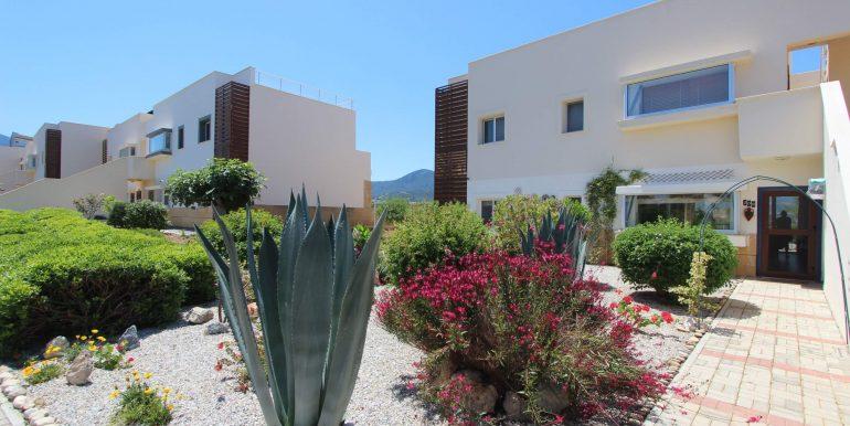 Tatlisu Coast Frontline Apartment 3 Bed - North Cyprus Property 6