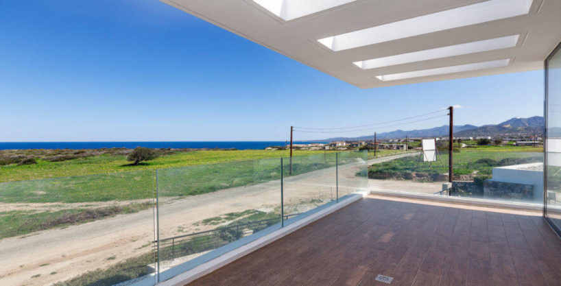 Bahceli Coast Luxury Seaview Villas