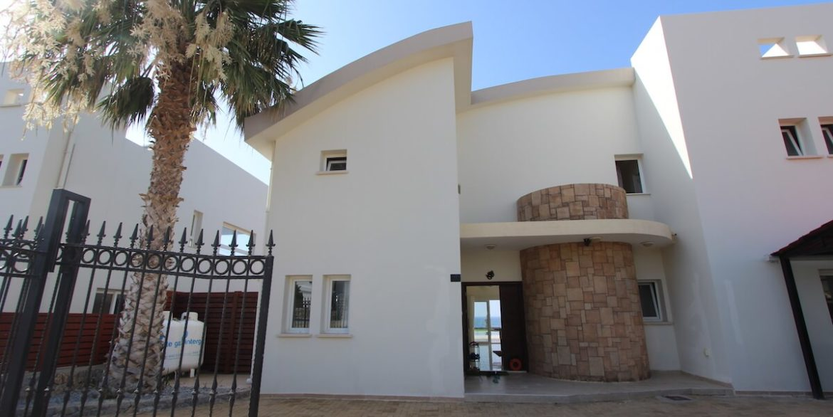 Tatlisu Seafront Luxury Villa 4 Bed - North Cyprus Property 1