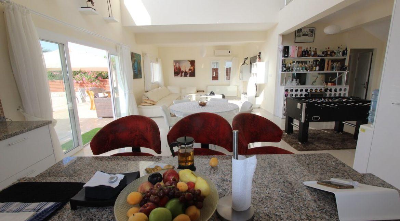 Tatlisu Seafront Luxury Villa 4 Bed - North Cyprus Property 11