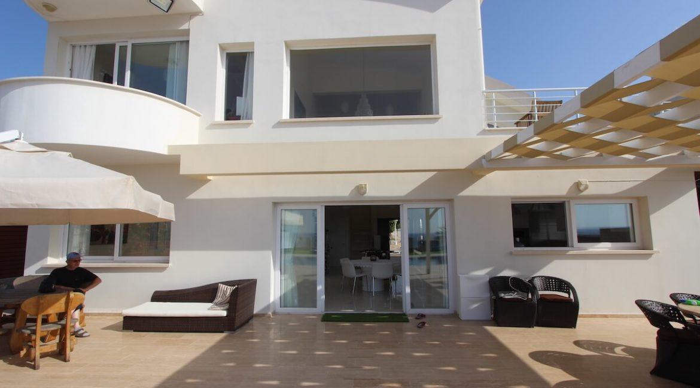 Tatlisu Seafront Luxury Villa 4 Bed - North Cyprus Property 13