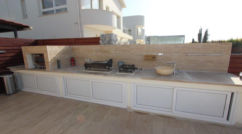 Tatlisu Seafront Luxury Villa 4 Bed - North Cyprus Property 14