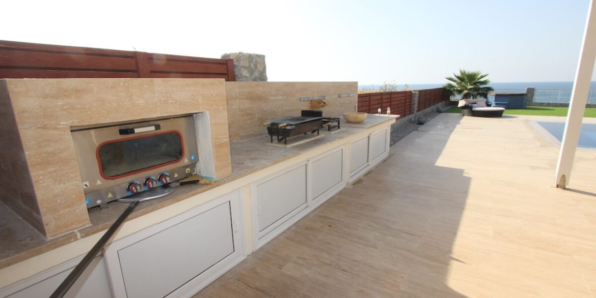 Tatlisu Seafront Luxury Villa 4 Bed - North Cyprus Property 15