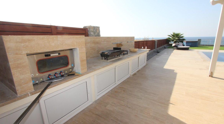 Tatlisu Seafront Luxury Villa 4 Bed - North Cyprus Property 15