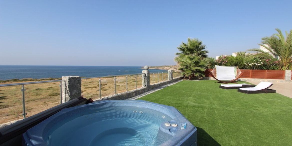 Tatlisu Seafront Luxury Villa 4 Bed - North Cyprus Property 18