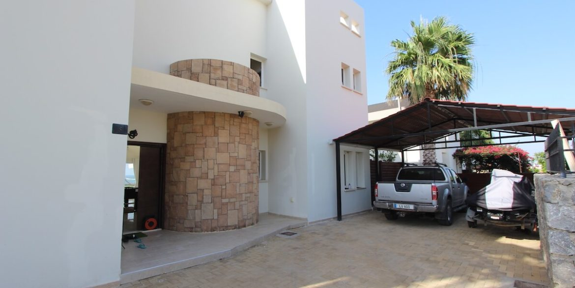 Tatlisu Seafront Luxury Villa 4 Bed - North Cyprus Property 2