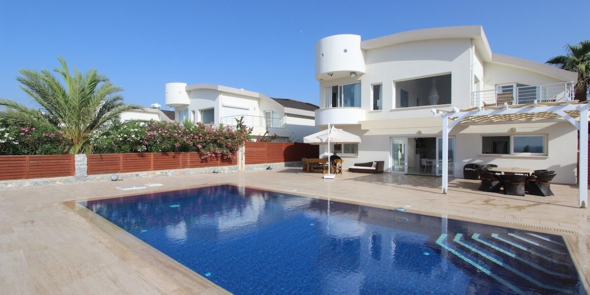 Tatlisu Seafront Luxury Villa 4 Bed - North Cyprus Property 20