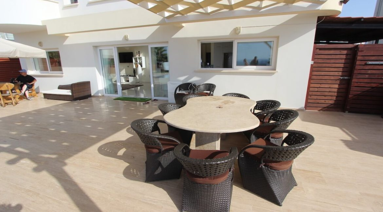 Tatlisu Seafront Luxury Villa 4 Bed - North Cyprus Property 21
