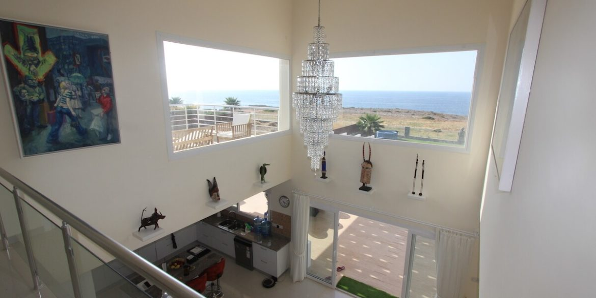 Tatlisu Seafront Luxury Villa 4 Bed - North Cyprus Property 29