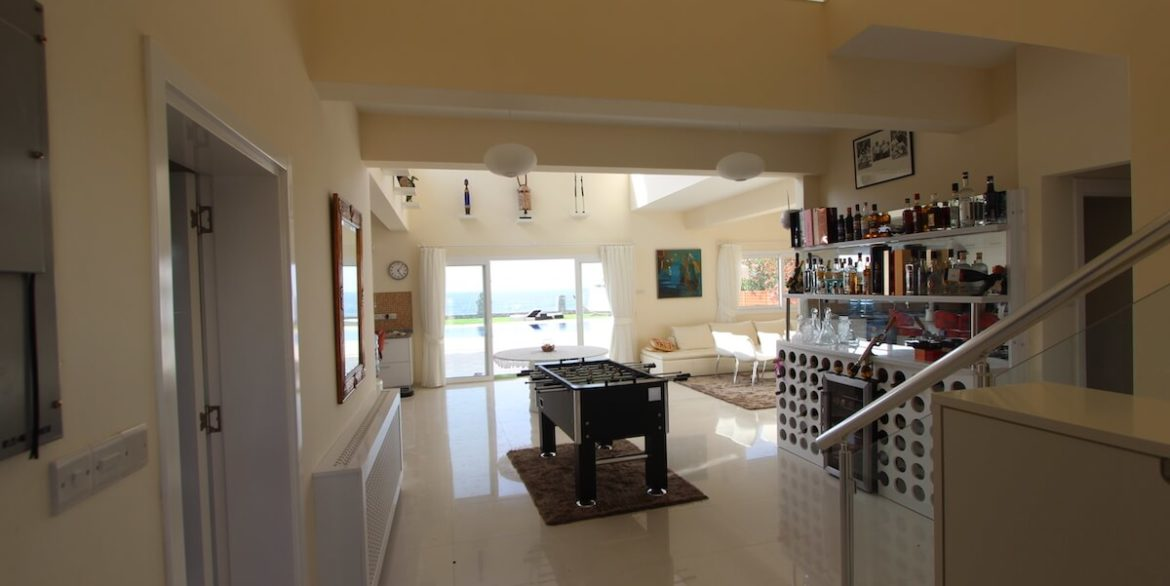 Tatlisu Seafront Luxury Villa 4 Bed - North Cyprus Property 3