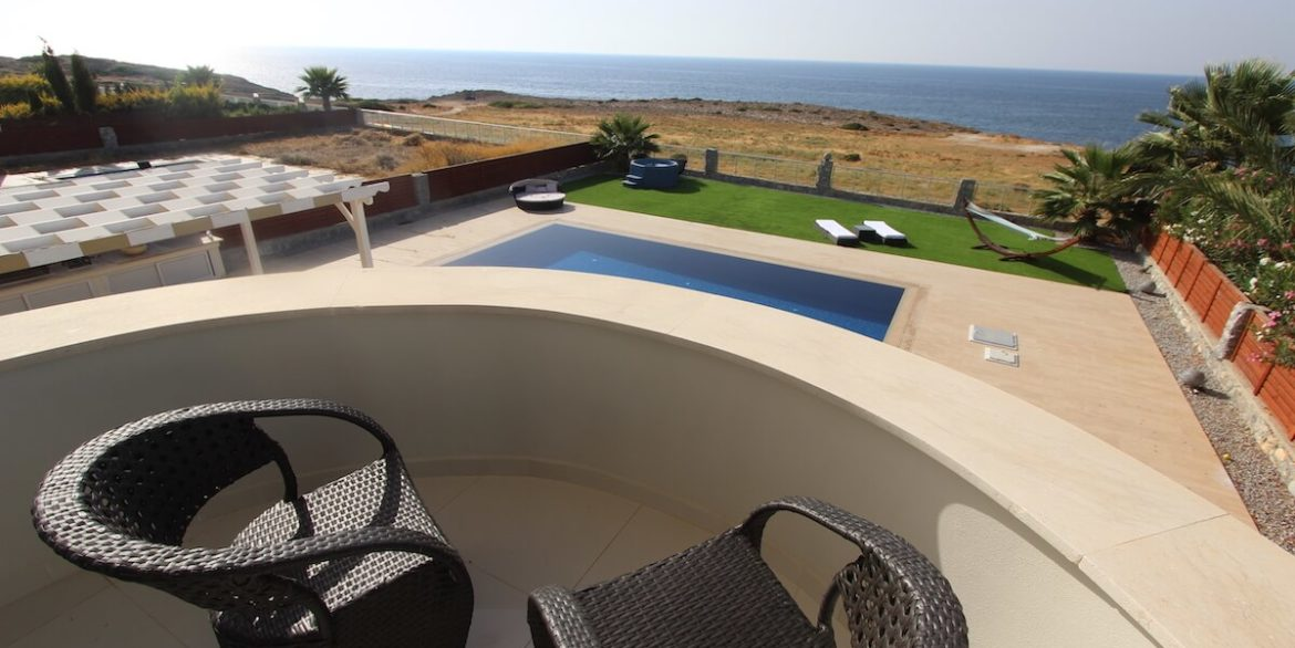 Tatlisu Seafront Luxury Villa 4 Bed - North Cyprus Property 34