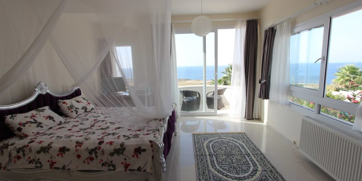 Tatlisu Seafront Luxury Villa 4 Bed - North Cyprus Property 37