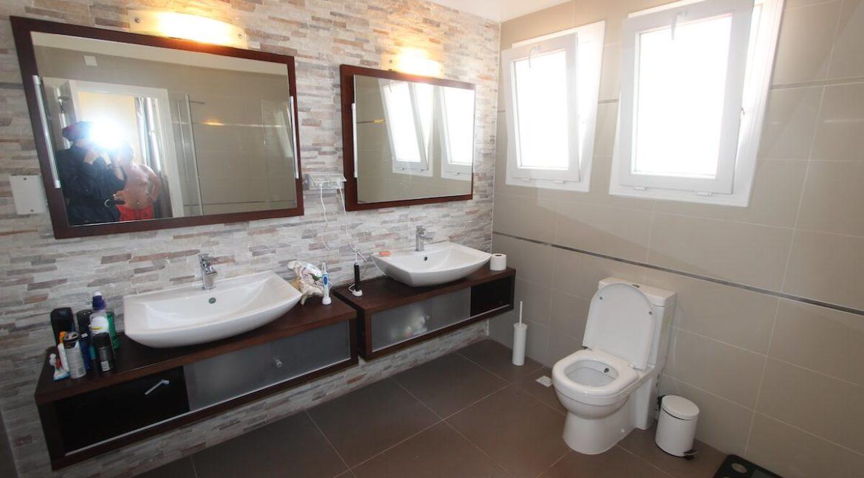 Tatlisu Seafront Luxury Villa 4 Bed - North Cyprus Property 39