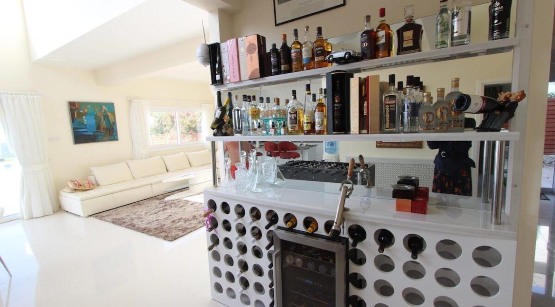 Tatlisu Seafront Luxury Villa 4 Bed - North Cyprus Property 4