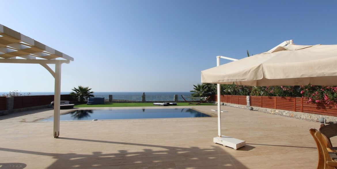 Tatlisu Seafront Luxury Villa 4 Bed - North Cyprus Property 44