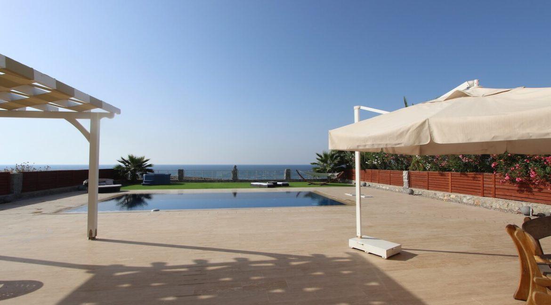 Tatlisu Seafront Luxury Villa 4 Bed - North Cyprus Property 44