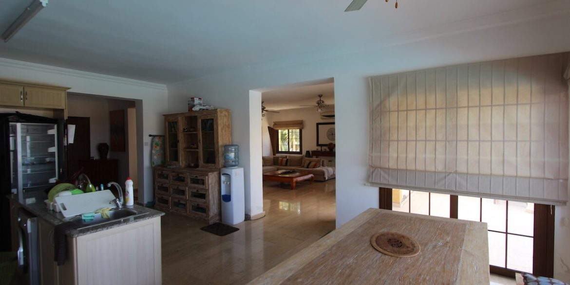 Arapkoy Coast View Residence 4 Bed - North Cyprus Property x19