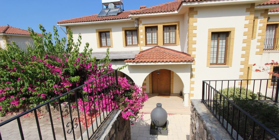 Arapkoy Coast View Residence 4 Bed - North Cyprus Property x24