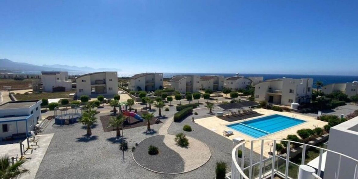Ultra-modern 2 Bed Seafront Penthouse - North Cyprus Property R3