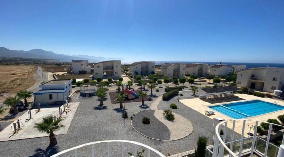 Ultra-modern 2 Bed Seafront Penthouse - North Cyprus Property R8