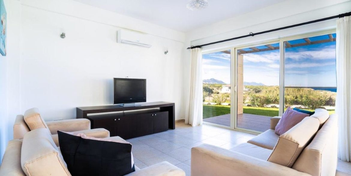 Turtle Beach & Golf Seaview Garden Apartment 3 Bed - North Cyprus Property 1