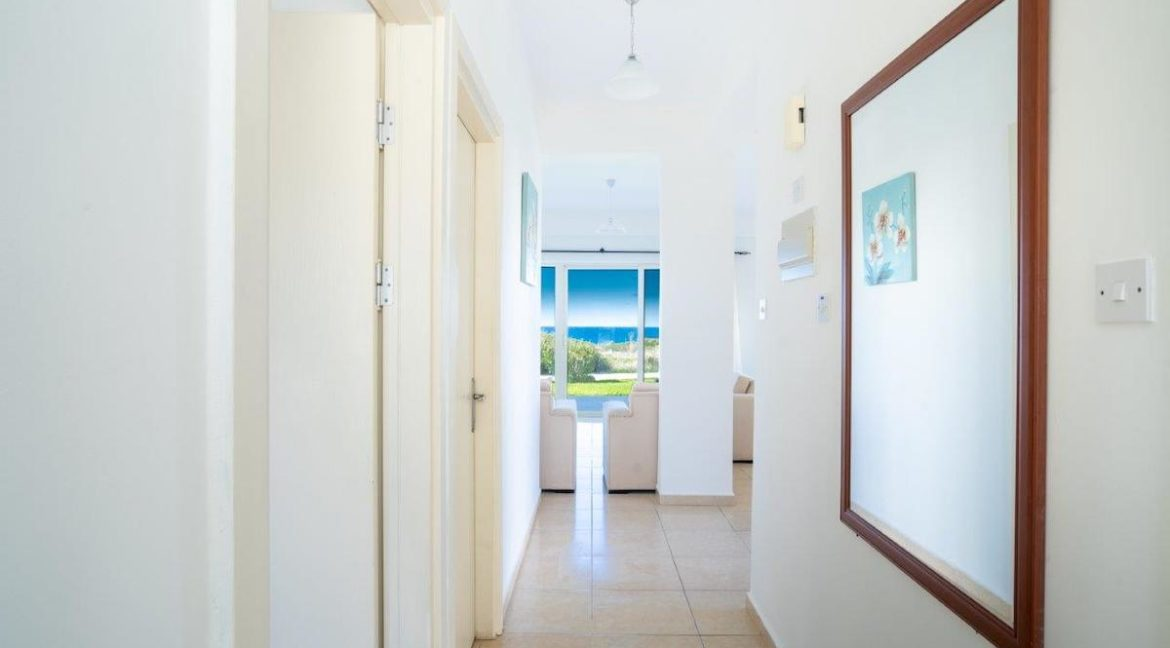 Turtle Beach & Golf Seaview Garden Apartment 3 Bed - North Cyprus Property 11