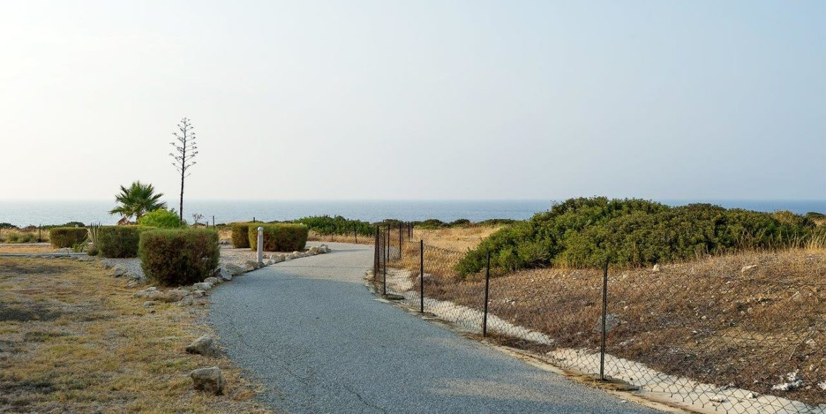 Turtle Beach & Seaview Apartment 2 Bed - North Cyprus Property 4