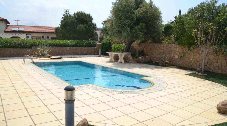 Kayalar Seaview Bungalow - North Cyprus Property Y5