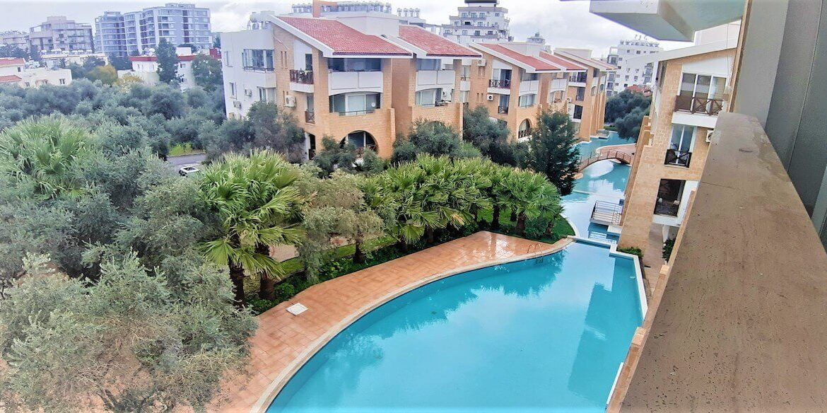 Kyrenia Turkish Title Top Floor Apartment - North Cyprus Property 12
