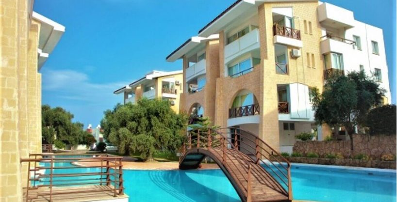 Kyrenia Turkish Title Top Floor Apartment 3 Bed