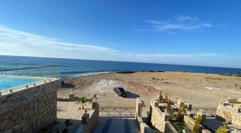 Esentepe Exclusive Beachfront Villa 4 Bed - North Cyprus 11