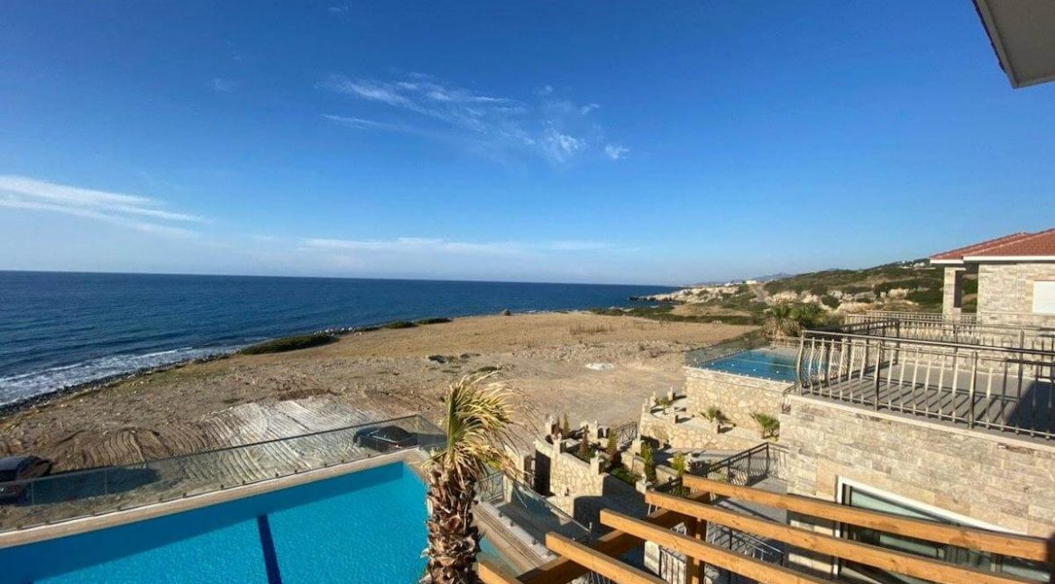 Esentepe Exclusive Beachfront Villa 4 Bed - North Cyprus 28